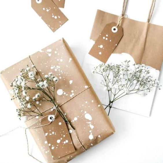 Boho Gift Wrapping Ideas- Kraft paper gift wrapping ideas to bring your gifts to life.