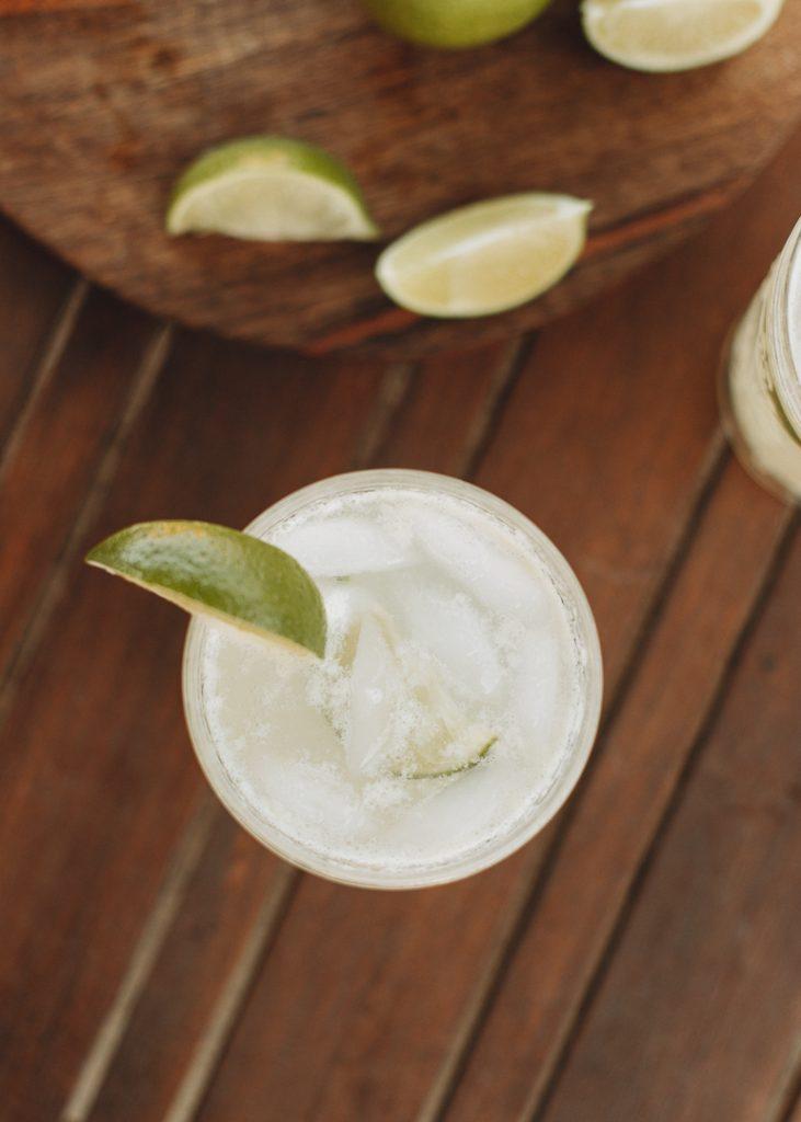 low-carb coconut lime spritzer summer cocktail